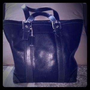 COACH Buckley style hand bag